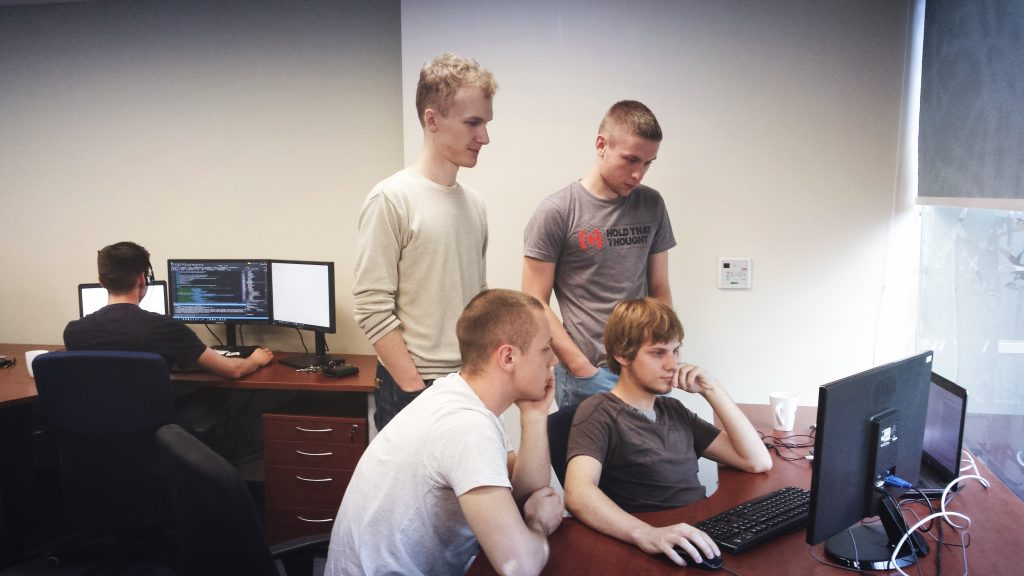 programuotojai